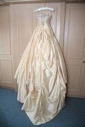 Hollywood Dreams Wedding Dress For Sale